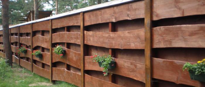 Забор из дерева для дачи